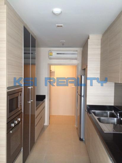 3 Bedroom Condo in Watthana, Bangkok  8237155