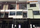 3 Bedroom Townhouse in Bang Khae, Bangkok - DDproperty.com