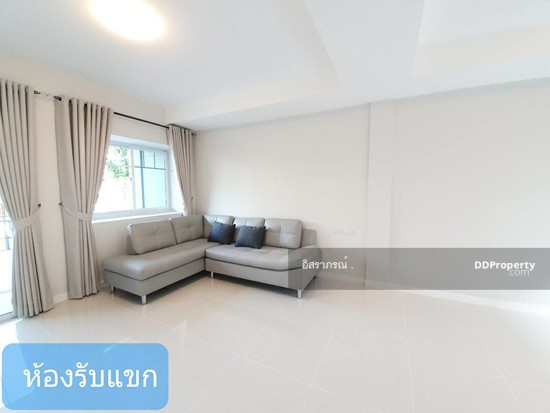 2 Bedroom Townhouse in Bang Bo, Samut Prakan  71908022