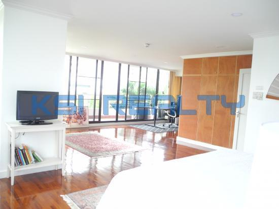 3 Bedroom Condo in Watthana, Bangkok  55820615