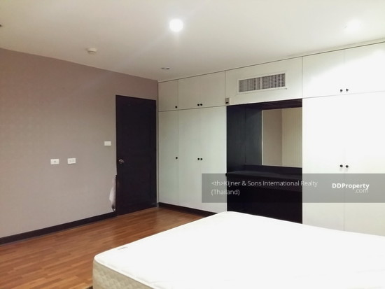 3 Bedroom Condo in Khlong Toei, Bangkok  63175716