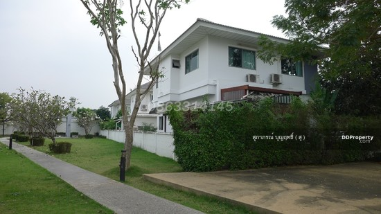 4 Bedroom Detached House in Muang Nonthaburi, Nonthaburi  64406834
