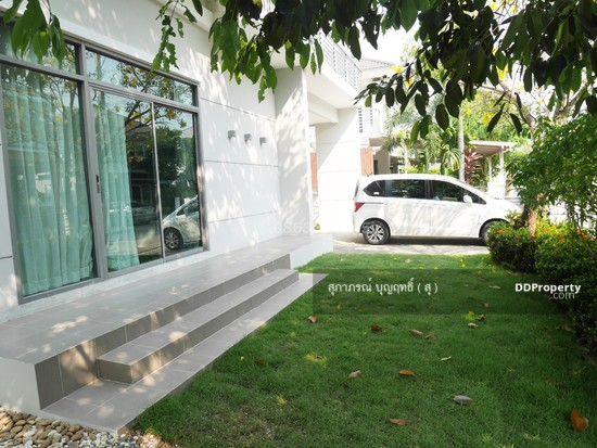 4 Bedroom Detached House in Muang Nonthaburi, Nonthaburi  65752651
