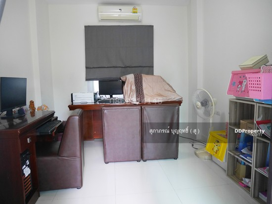 4 Bedroom Detached House in Pak Kret, Nonthaburi  67172318