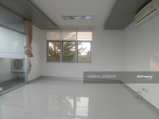 Office Space in Muang Khon Kaen, Khon Kaen  68374523