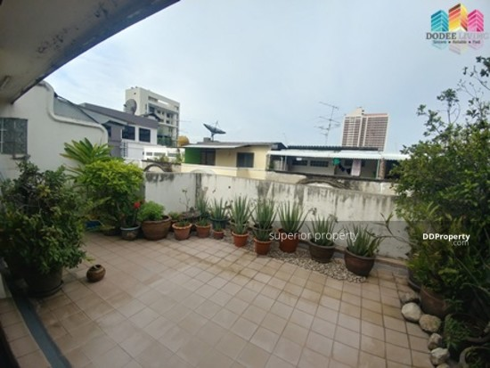 5 Bedroom Townhouse in Watthana, Bangkok  68383785