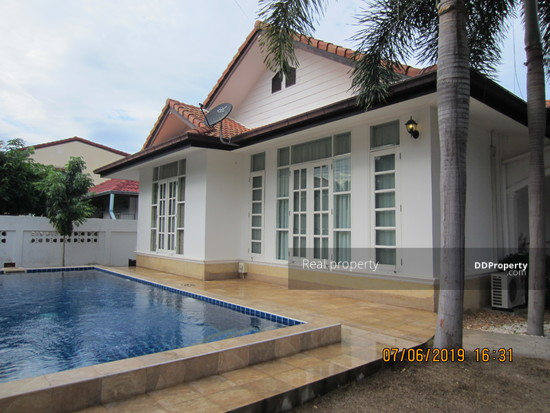 3 Bedroom Detached House in Hua Hin, Prachuap Khiri Khan  70733685