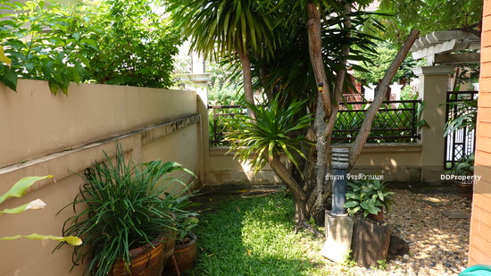 4 Bedroom Detached House in Phra Khanong, Bangkok  74576185
