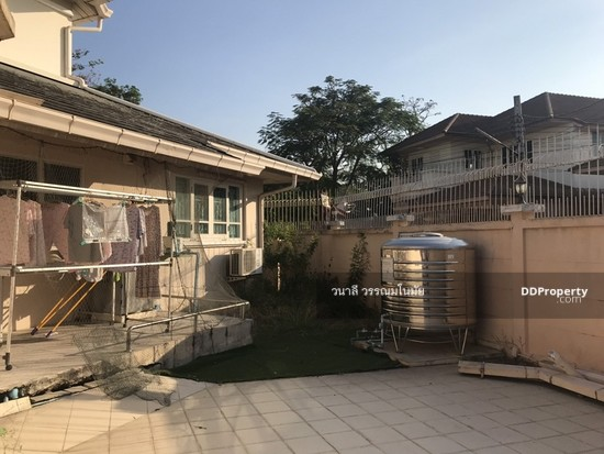 5 Bedroom Detached House in Thawi Watthana, Bangkok  76010549