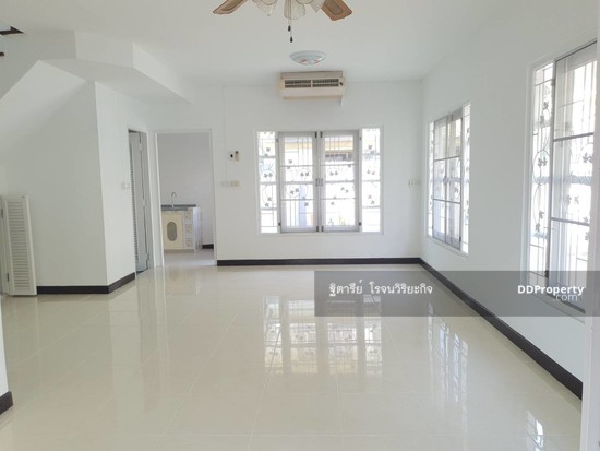 4 Bedroom Detached House in Bang Yai, Nonthaburi  76340318