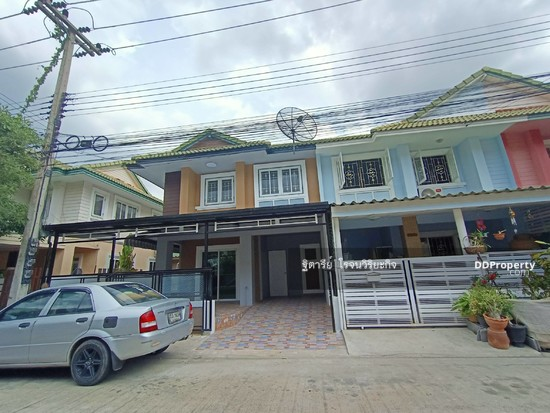 3 Bedroom Townhouse in Khlong Luang, Pathum Thani  76344615
