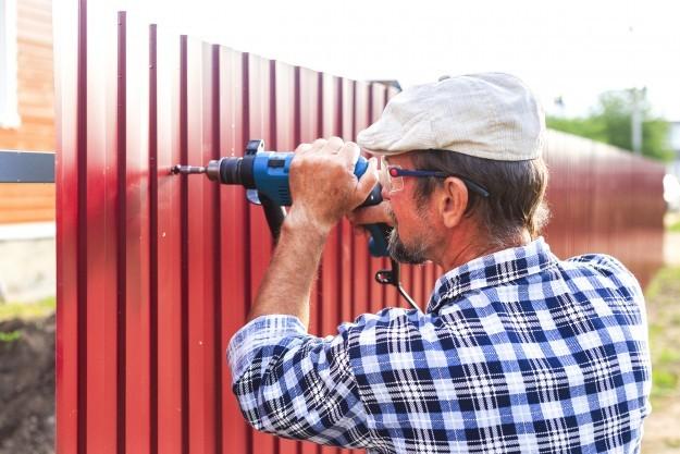 สร้างรั้วบ้านอย่างไรให้โดนใจ ปลอดโจรและไร้ปัญหาเพื่อนบ้าน