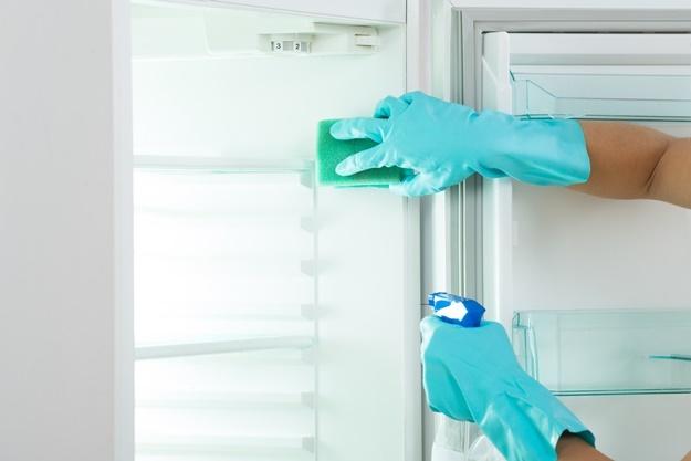 เผย 8 วิธีล้างตู้เย็น ให้ใหม่เอี่ยมภายใน 10 นาที