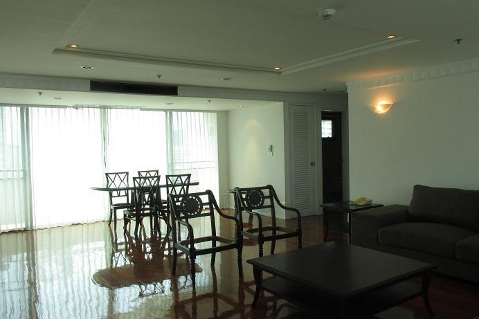 Pet Friendly Apartment 2 Bedroom 3 Bathroom Apartment For Rent 250 Sq M At Asoke Area