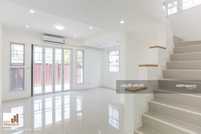 For Sale - โครงการบ้านแฝด สร้างใหม่ ทำเลดี ใกล้ mrt สุทธิสาร/ห้วยขวาง