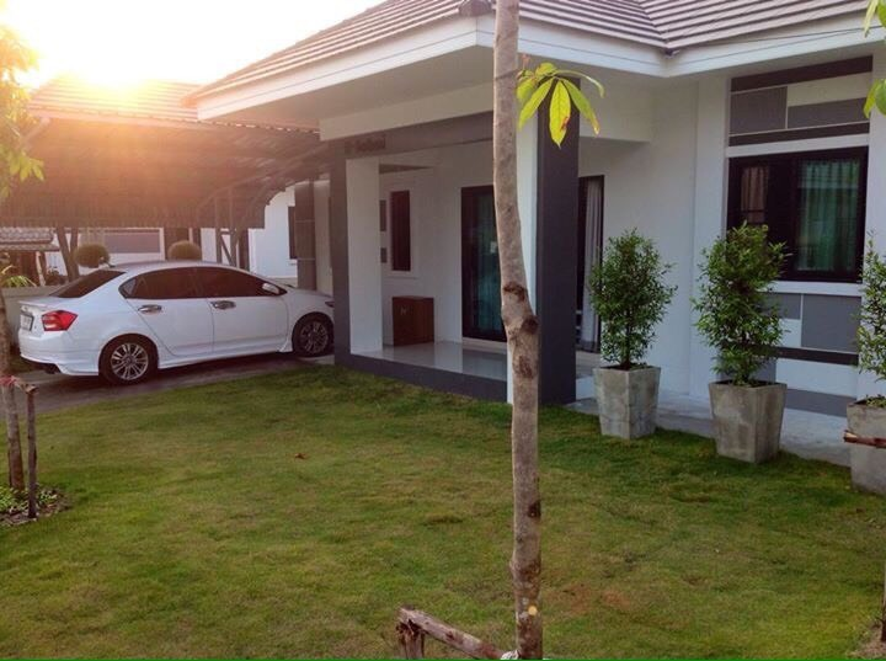 Modern family home in korat hua thale hua thale muang for Modern family home for sale