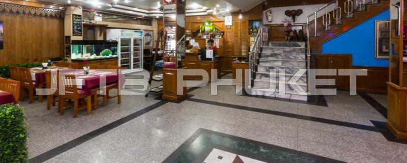 Hotel for rent in phuket patong ratuthit songroipi for Rent a hotel for a month