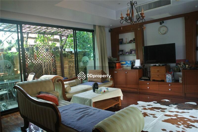 Private House in Sukhumvit 65 #76354837