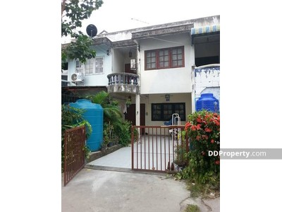 For Sale - C9MG0229  Town House for sale with 3 bedrooms, 2 toilets and 1 kitchen space in 22 sq. wah