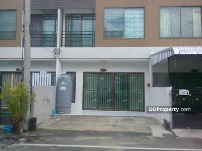 For Sale - C3MG0128 A Townhome2 floor for sale near by Roumchok market.