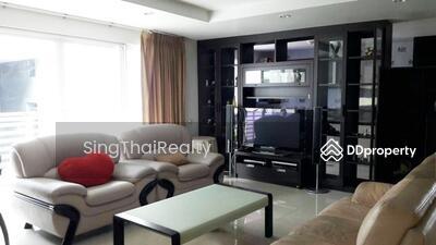 For Rent - Avenue61 BTS Ekkamai 5 bedrooms / 4 bathrooms