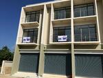 5AMC0008 ให้เช่าอาคารพาณิชย์   3 ห้องนอน       3  ห้องน้ำ  1ห้องครัว 1 ที่จอดรถ  48  ตร. ว    ให้เช่าในราคา 15, 000 บาทต่อ/เดือน