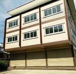 5A3MG0184 ให้เช่าอาคารพาณิชย์ 3 ชั้น   3 ห้องนอน   3 ห้องน้ำ   1 ห้องครัว  1 ที่จอดรถ 20 ตร. ว   ราคา  15, 000 บาท/เดือน