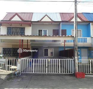 ให้เช่า - 5A2MG0203 ให้เช่าทาวน์เฮ้าส์ 2 ชั้น   2  ห้องนอน     2 ห้องน้ำ  1 ที่จอดรถ  1 ห้องครัว 20  ตร. ว  ราคา  6, 000  บาท/เดือน