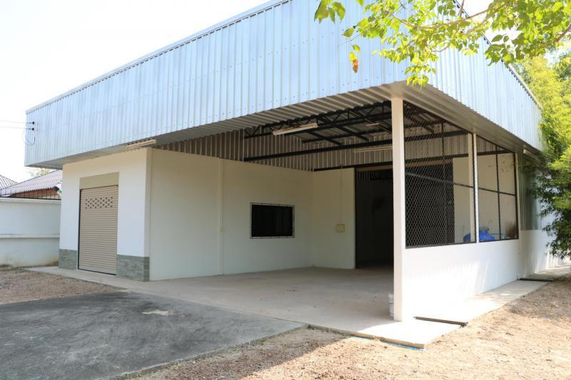 Near new: Climate controlled Warehouse Storage facility  Ideal for a  variety of Business's
