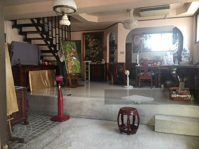 For Sale - Sales! ! Very Rare House Near BTS Punnavithi