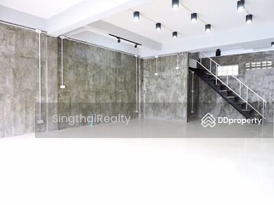 ให้เช่า - Townhouse BTS Phrakanong 3 ห้องนอน / 3 ห้องน้ำ