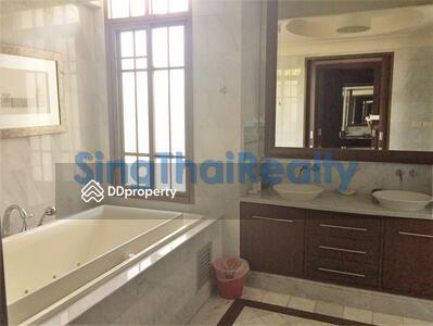 ให้เช่า - For RENT : House Phrakanong Phra Khanong / 4 Bedrooms / 5 Bathroomss / 633. 0 sqm / 285000 THB [3325652