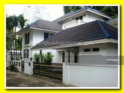 For Rent - 4BR Single House For Rent (BR7707SH)