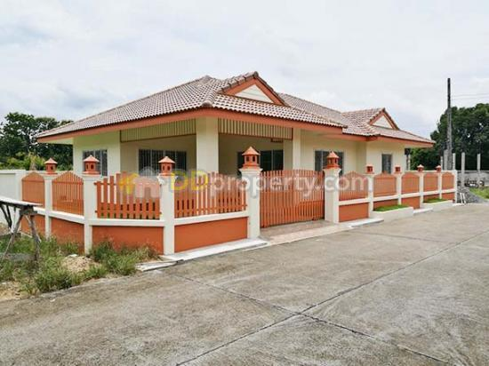 Adk0281 a detached house with 3 bedrooms 2 toilets and 1 for 2 kitchen house for rent