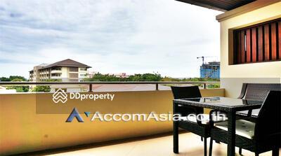 For Sale - Pratamnak 5 Condo condominium 3 Bedroom for sale in Pratamnak Chonburi MRT AA13002