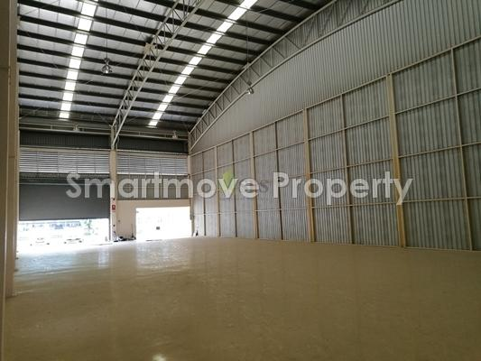 Factory or Warehouse with Office for Rent (in FREE TRADE ZONE)