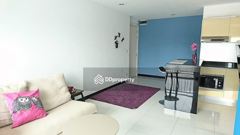 Voque Sukhumvit16 condominium #45962423