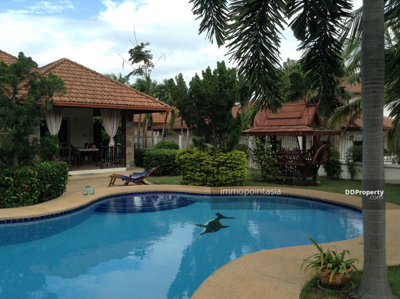Reduced! Super price! Villa in Pattaya with swimming pool
