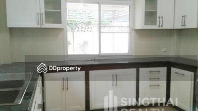 ให้เช่า - For RENT : House Phromphong Phrom Phong / 4 Bedrooms / 7 Bathroomss / 351. 0 sqm / 150000 THB [4949822