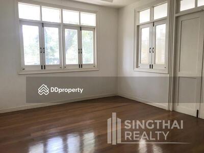 ให้เช่า - For RENT : House Phromphong Phrom Phong / 3 Bedrooms / 3 Bathroomss / 351. 0 sqm / 230000 THB [5074265