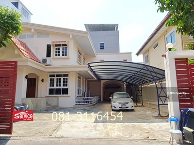 For Rent - ให้เช่า บ้านเดี่ยว 2 ชั้น 126 ตรว ถนนรัชดาภิเษก ซอย 7 ใกล้ MRT ห้วยขวาง และ MRTสุทธิสาร 7 ห้องนอน 5 ห้องน้ำที่จอดรถ 9 คัน ราคา 80, 000 -/ เดือน