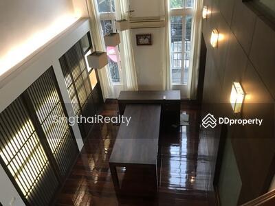 ให้เช่า - Townhouse BTS Thonglor 4 ห้องนอน / 6 ห้องน้ำ