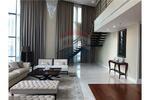 SALE Bright Sukhumvit 24 Duplex penthouse [920151002-1624