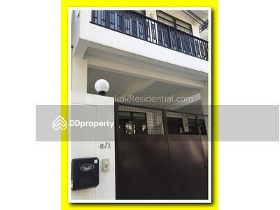 ให้เช่า - Townhouse 3 Bed For Rent (BR8647TH)
