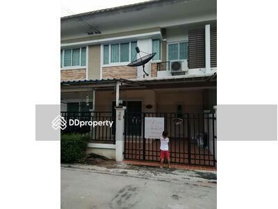 ขาย - 3 Bedroom Townhouse in Si Racha, Chon Buri