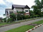 Single House Luanpruksa Lakeville Village Samut Prakan