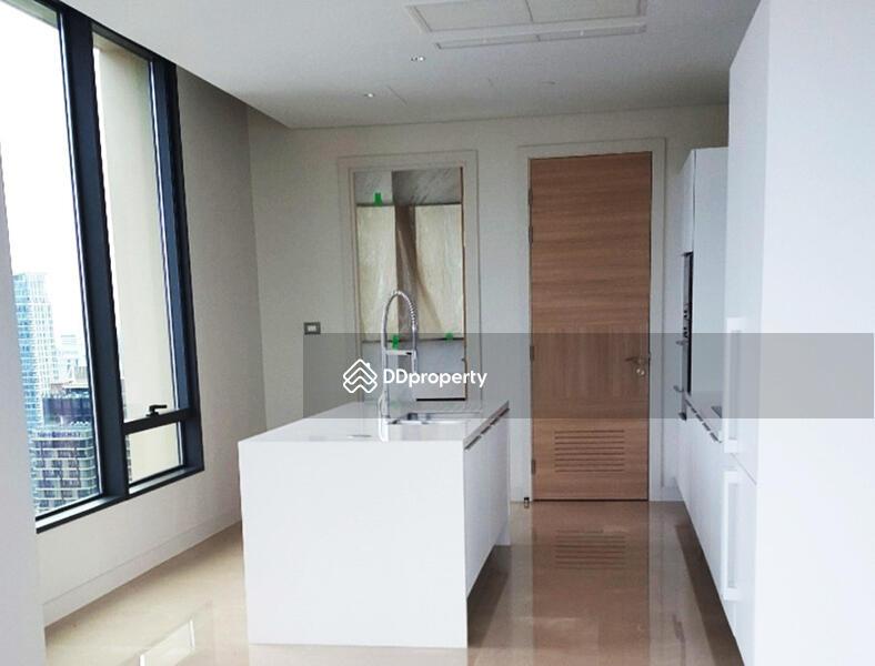 Sindhorn Residence (สินธร เรสซิเดนซ์) #60505999