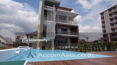 ขาย - East Village condominium 12 Bedroom for sale in Vibhavadi Rangsit Bangkok MoChit BTS BA22534