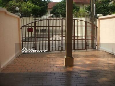ขาย - 37956 - Townhouse 3 stories , sukkhumvit 69 Road. 26 sq. w. | 37956