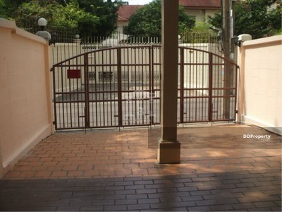 For Sale - 37943 - Townhouse Sukhumvit 69 Road. 26 Sq. wah   37943